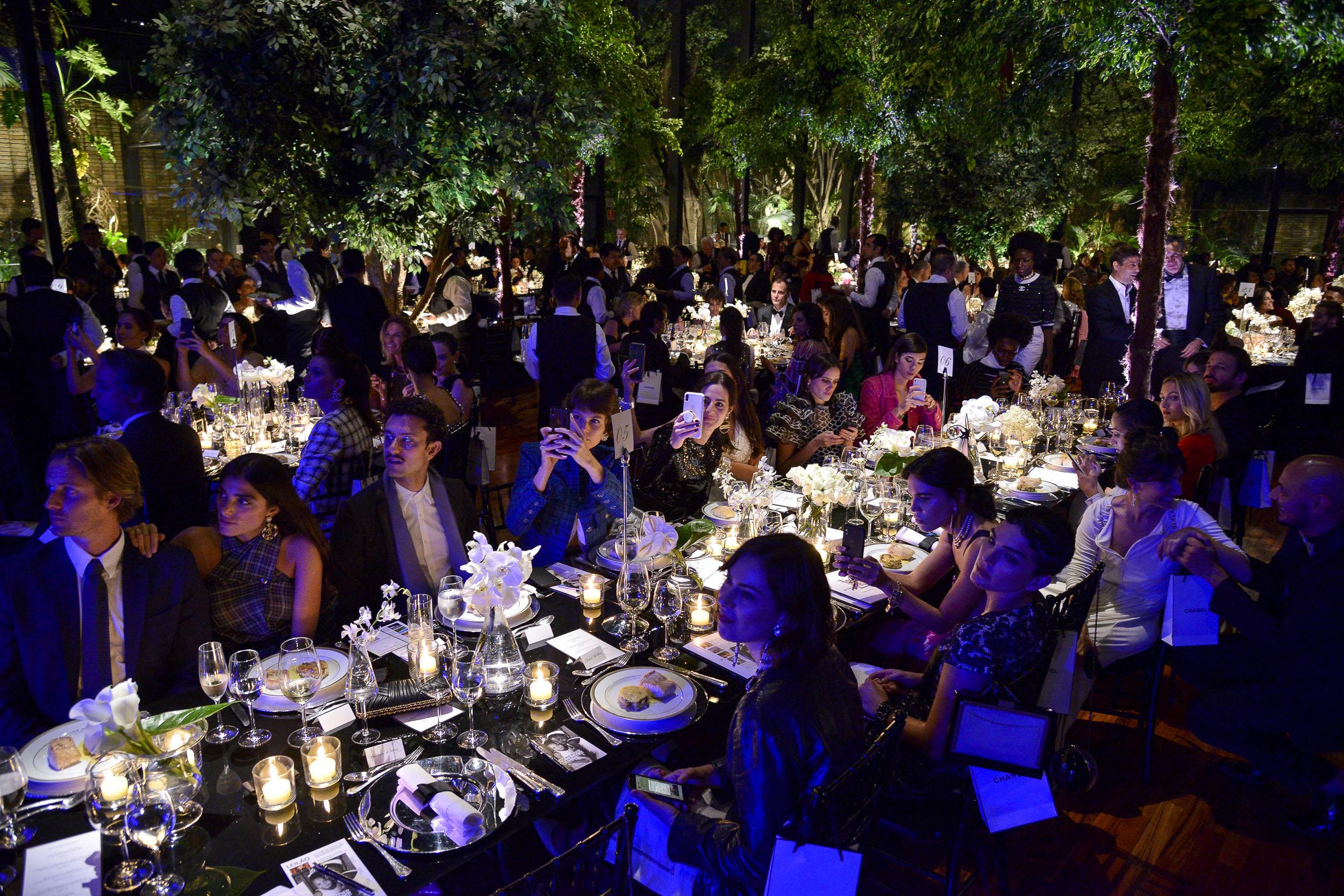 Chris Ayrosa Design BrazilFoundation Gala São Paulo Mulheres Notáveis Women Philanthropy Filantropia